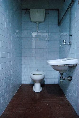 8 ragioni per lasciare l italia - Non vado in bagno ...