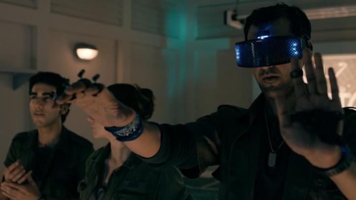 Cavolo, nel 2100 ci toccherà l'ennesimo revival della realtà virtuale!